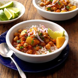 Pressure-Cooker Chickpea and Potato Curry