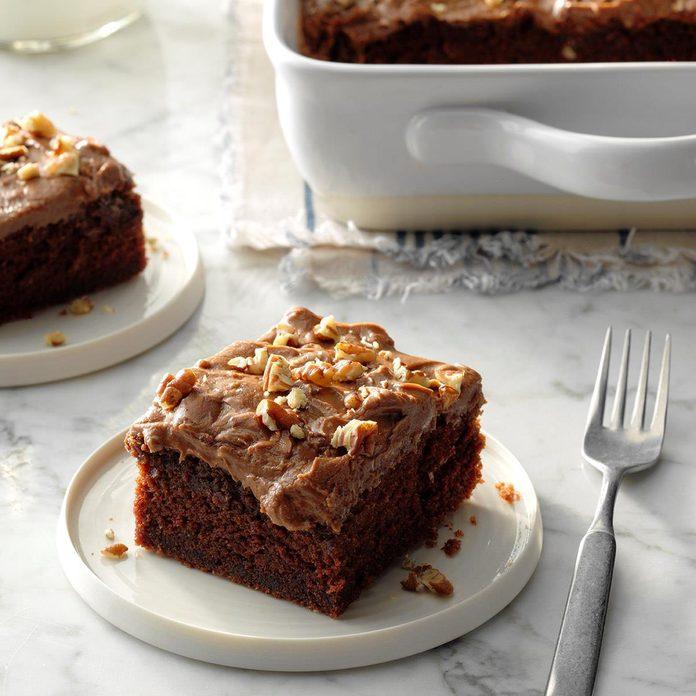 Cinnamon Chocolate Cake Exps Tohca19 23789 C03 14 3b Rms 2