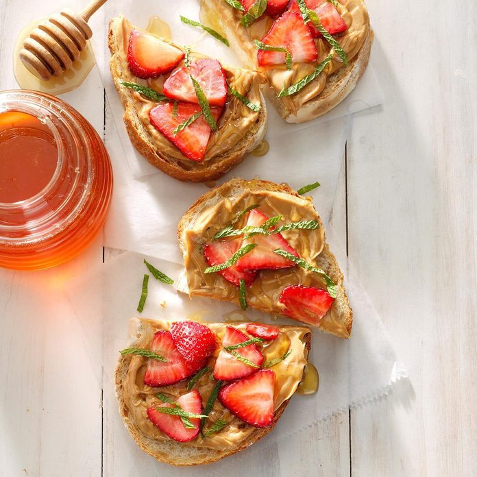Peanut Butter, Strawberry and Honey Sandwich