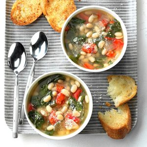 Slow-Cooker Spinach Bean Soup