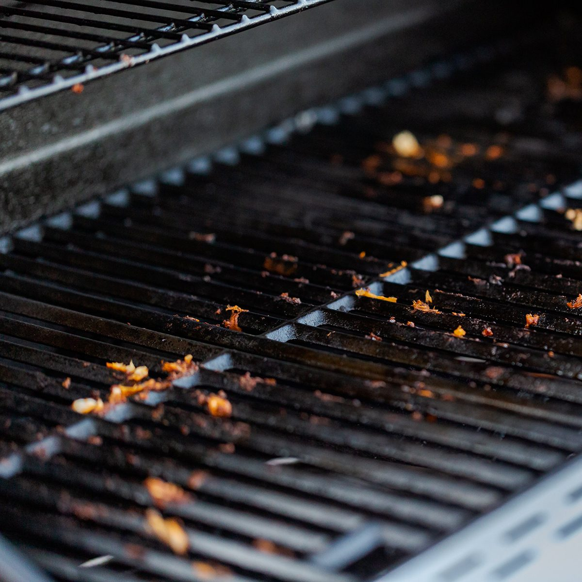 Leveled grill