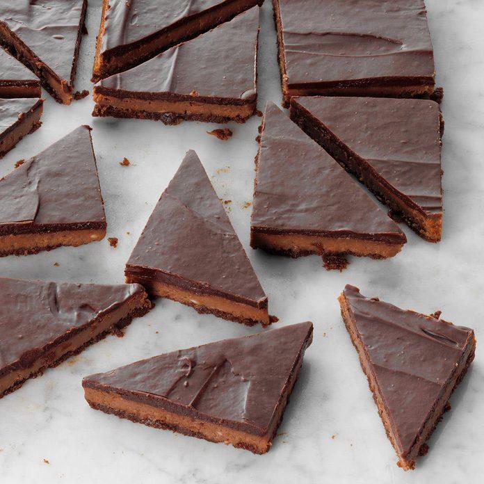 Triple Chocolate Cheesecake Bars Exps Tohon19 217977 E06 12 2b 2