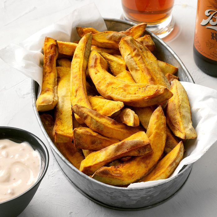 Pumpkin Fries With Chipotle Maple Sauce  Exps Thcom19 236034 E02 27 6b 10