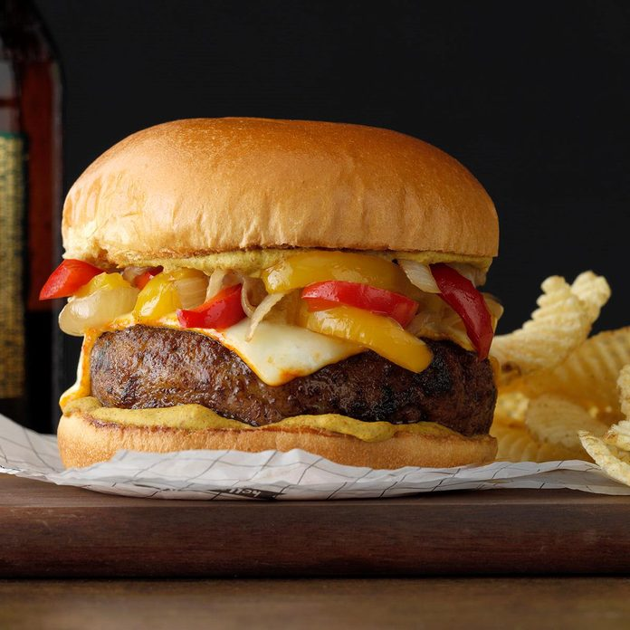 Bratwurst Burgers With Braised Onions Exps Tohfm20 165375 B09 27 1b 7