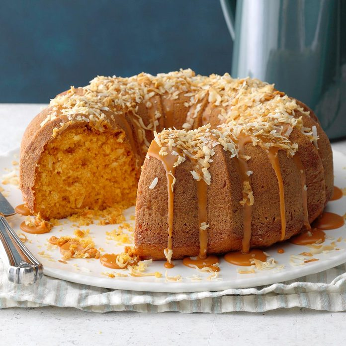 Double Butterscotch Coconut Cake Exps Tohfm20 241116 B09 19 3b 5