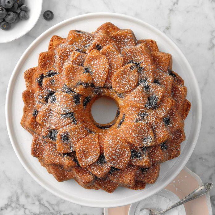 Blueberries And Cream Coffee Cake Exps Toham20 148116 B11 07 7b 11