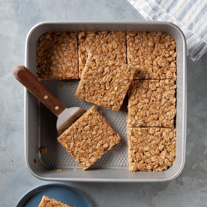 No-Bake Peanut Butter Oatmeal Bars