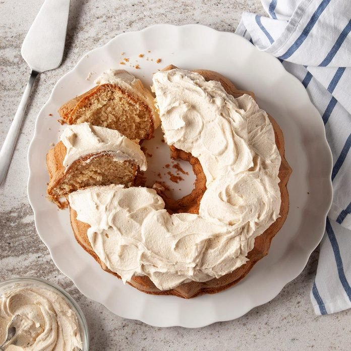 Peanut Butter Bundt Cake Exps Ft19 120973 F 1101 1 2