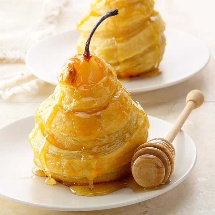 Air-Fryer Honeyed Pears in Puff Pastry