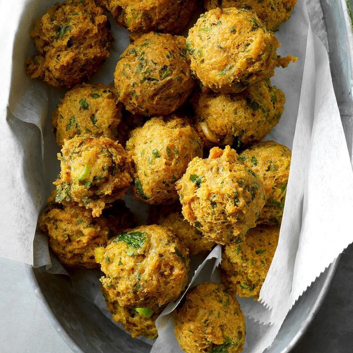 Chickpea Fritters With Sweet Spicy Sauce Exps Cimz19 57994 B08 31 4b Basedon 5