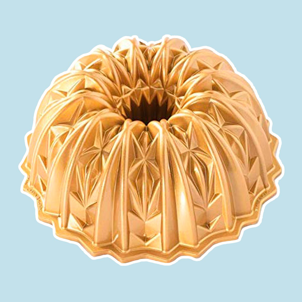 Nordic Ware 92877 Cut Crystal Cast Bundt Pan, 10 Cup Capacity, Gold
