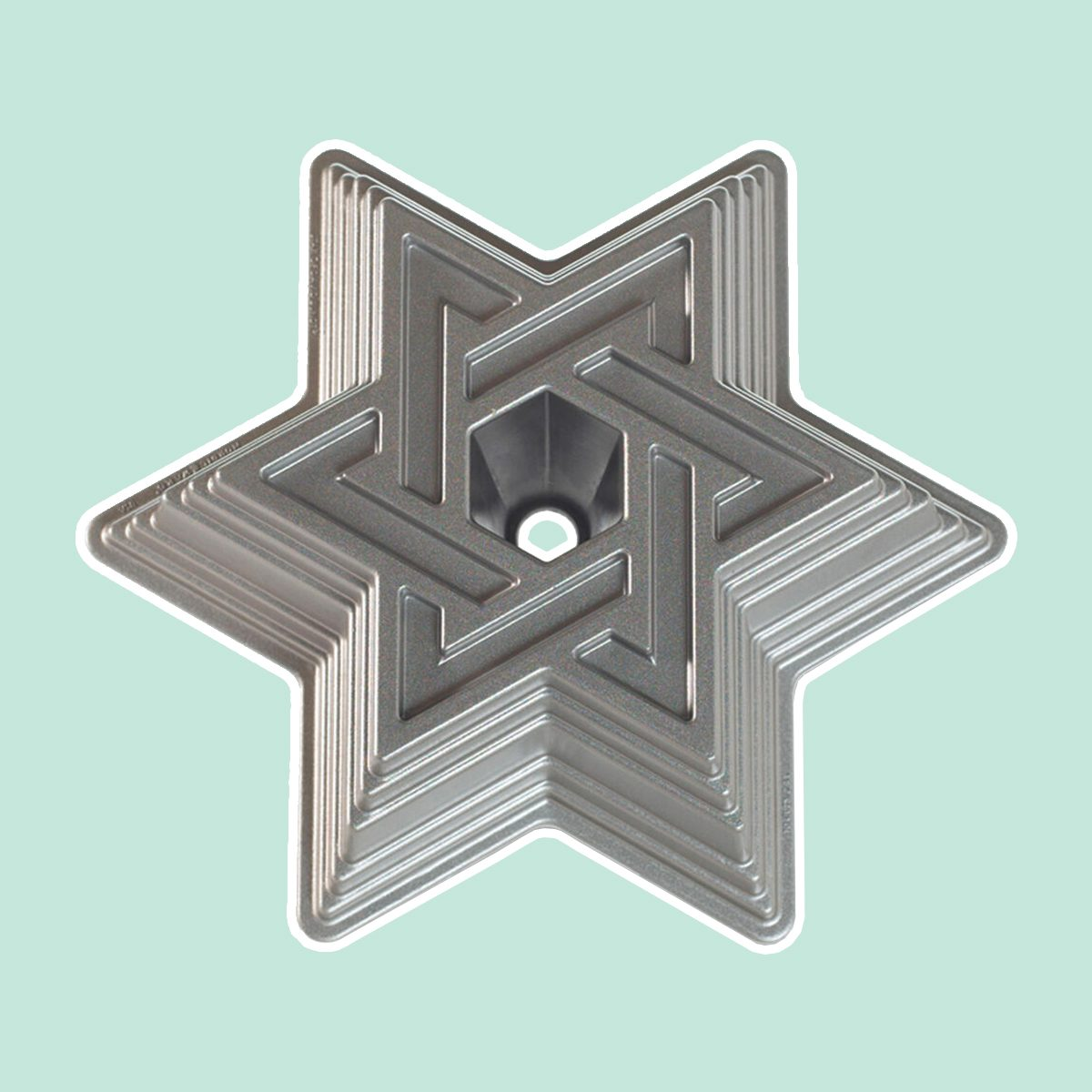 NORDIC WARE STAR OF DAVID BUNDT® PAN