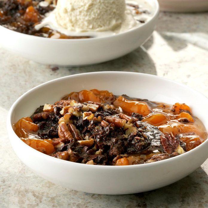 Pressure Cooker Chocolate Apricot Dump Cake Exps Thcom19 233303 C01 16 1b 3