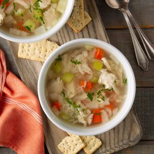Slow-Cooker Homemade Chicken and Rice Soup