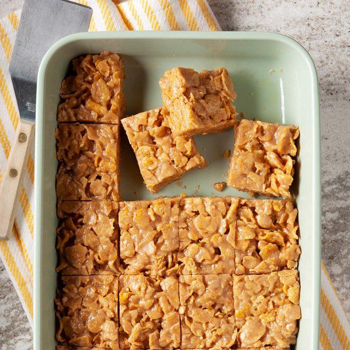 Peanut Butter Cornflake Bars Exps Ft19 121171 F 1101 1 1