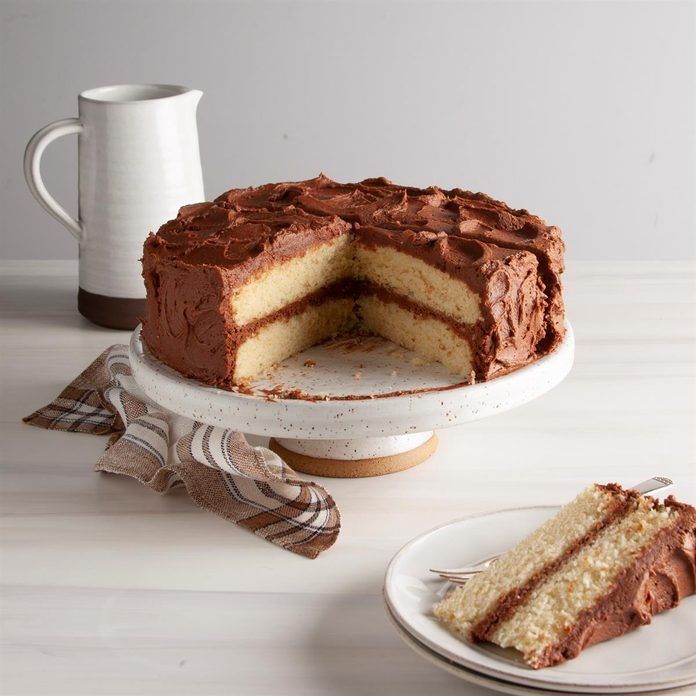 Yellow Layer Cake With Chocolate Buttercream Exps Ft20 257223 F 0811 1 1