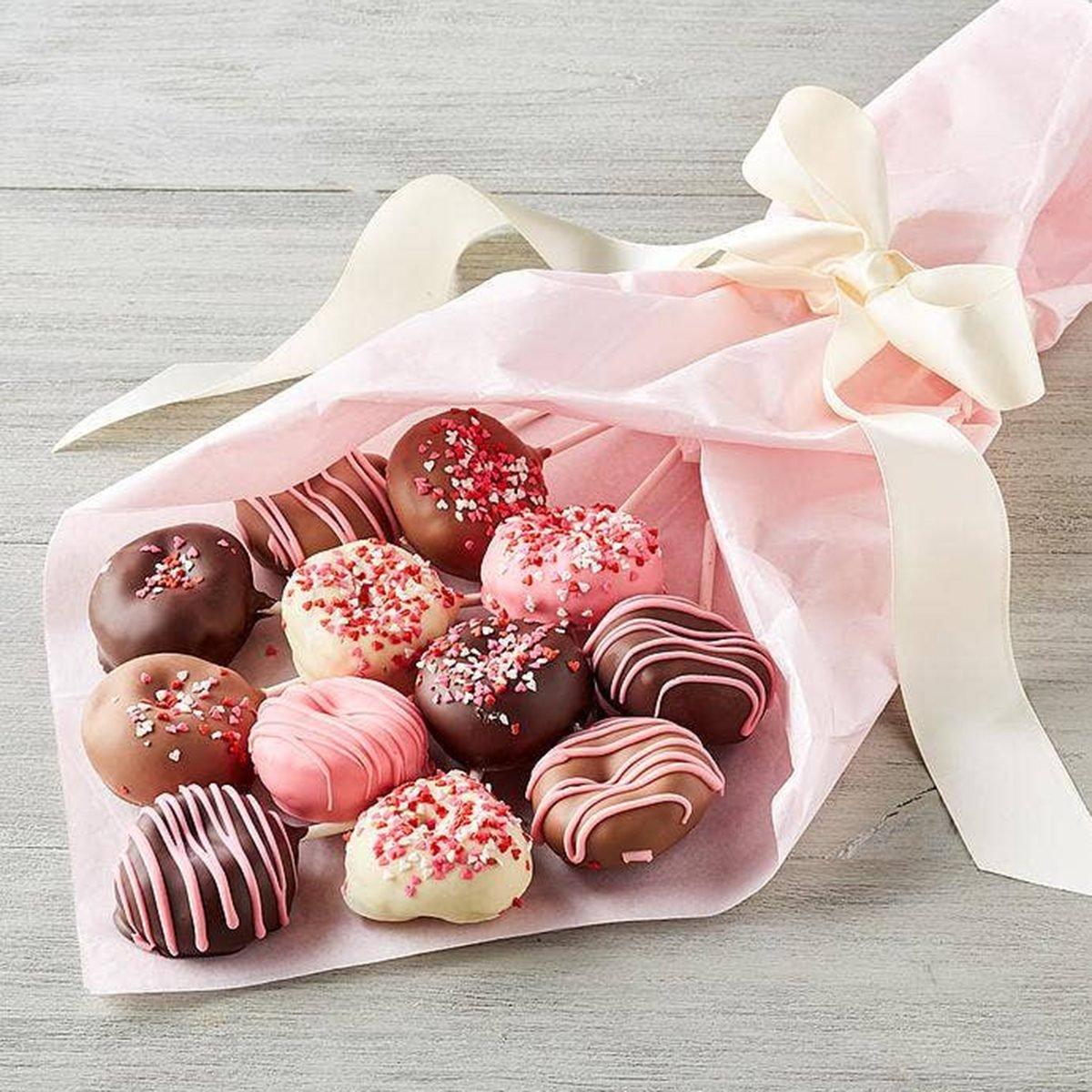 Valentine's Day gifts Harry David Donut Bouquet
