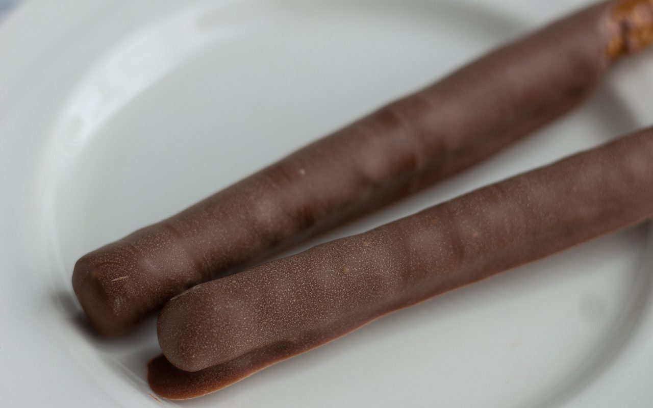 How To Temper Chocolate.tasteofhome.nancy Mock 9