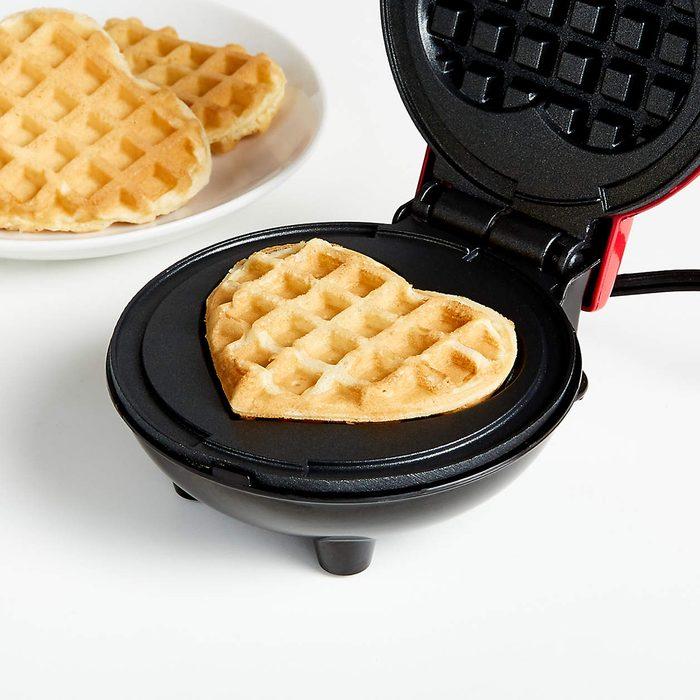 Dash Heart Mini Waffle Maker