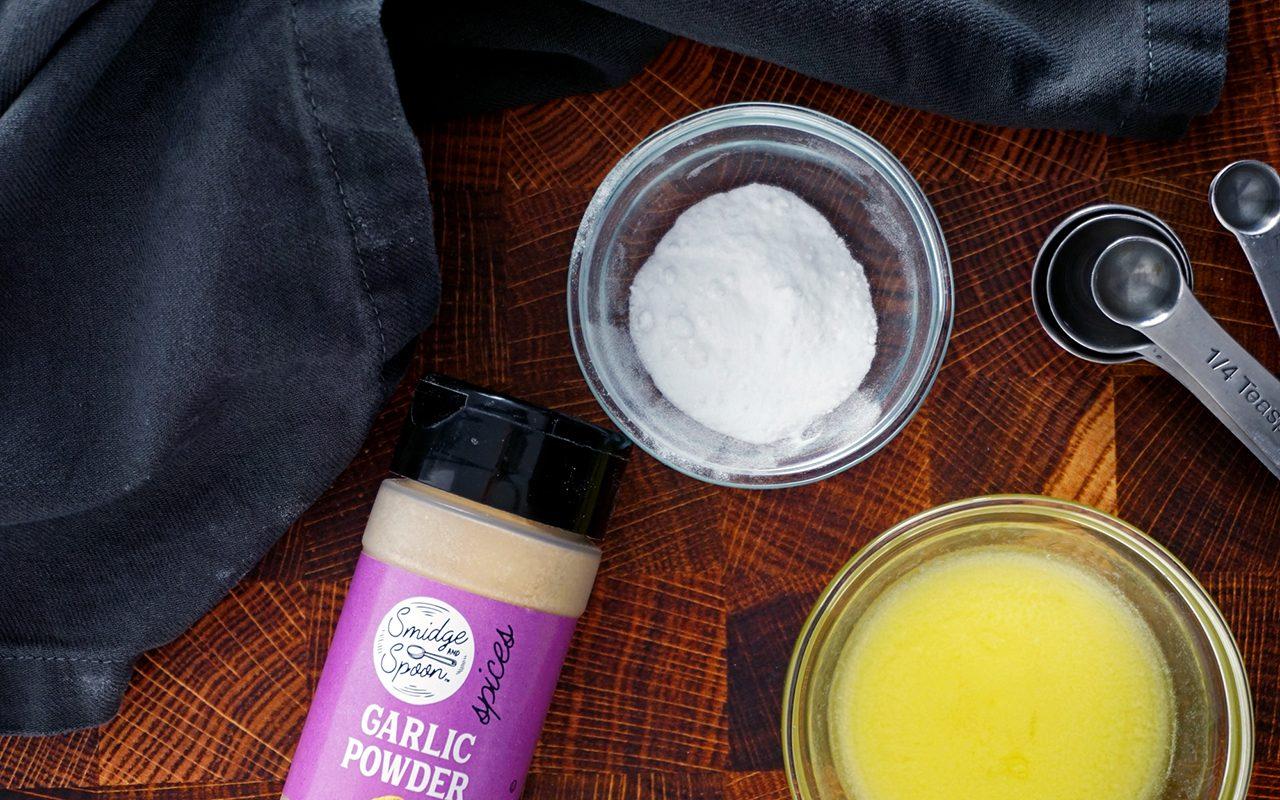 copycat olive garden breadsticks making garlic butter topping for olive garden breadsticks